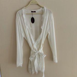 NWT size large robe